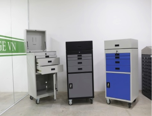 automotive diagnostic trolleys are completely manufactured through sheet metal fabrication services